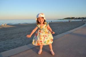 Алиса в первый раз на Средиземном море